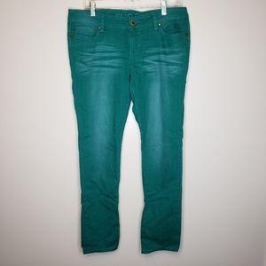 🌵Rue 21 green skinny jeans